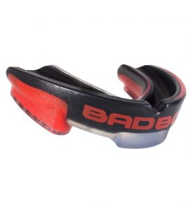 mouth-guard-red-blk-left_2